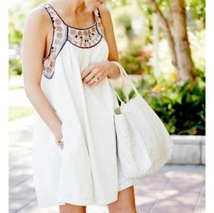ANTHRO Lilka Embroidered Shift Dress Pockets